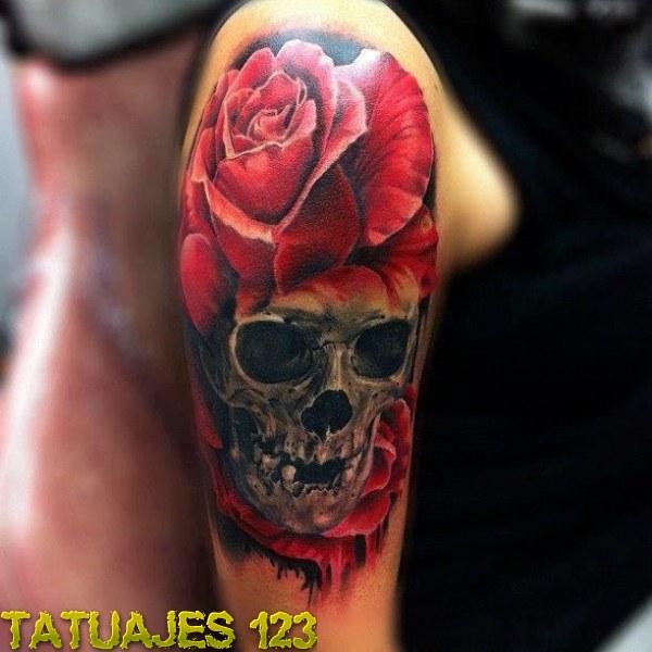 Calavera Con Gran Rosa Tatuajes 123