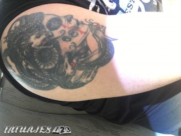 Tatuaje en el brazo derecho