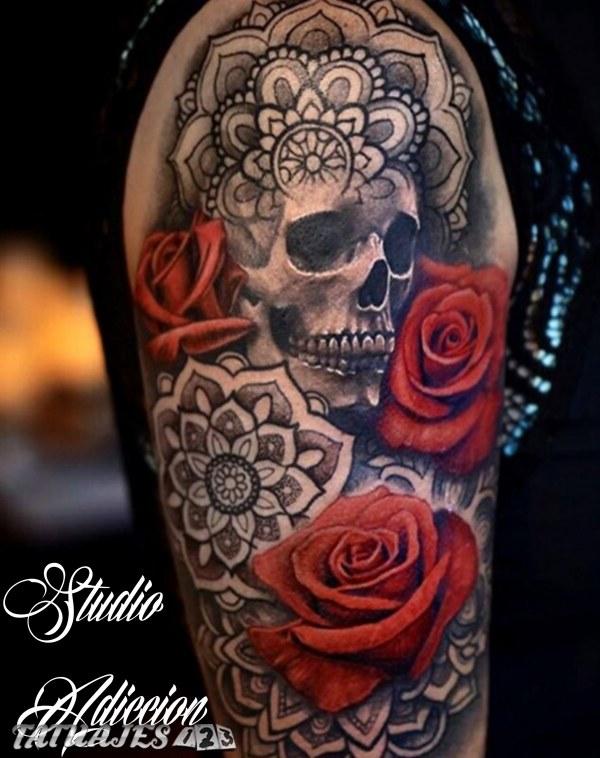 Craneo Calavera Rosas Mandala Tatuaje