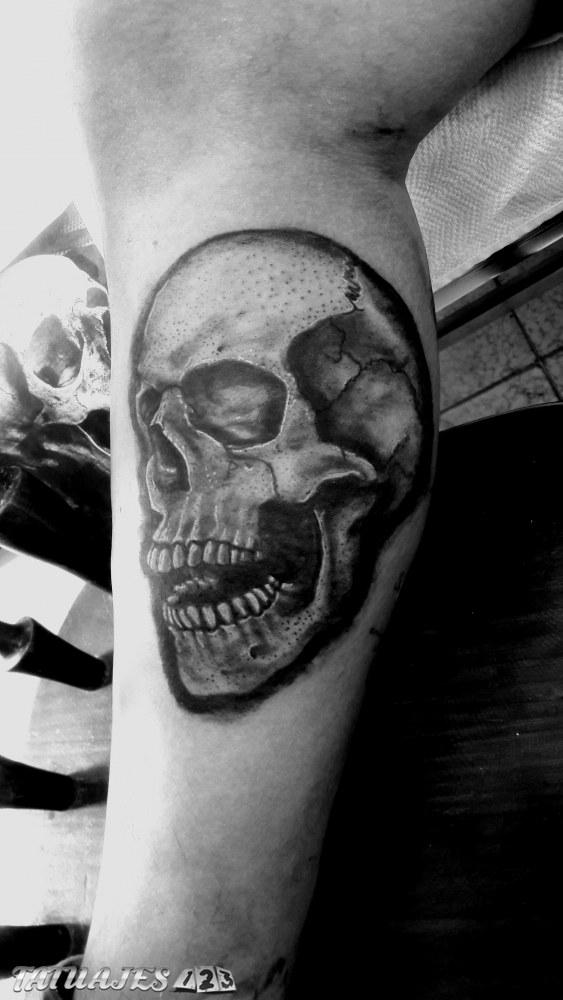 Cráneo tattoo