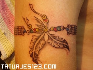 Pluma India Tatuada En El Brazo Tattoos