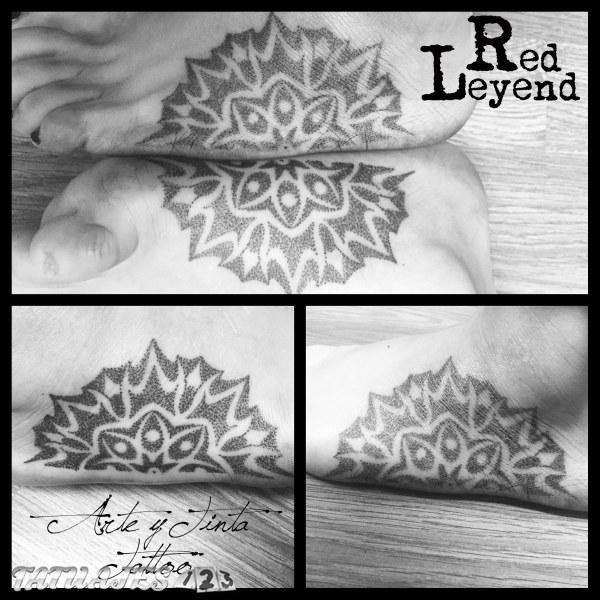 Mandala dividido realizado por Red Leyend Tattoo
