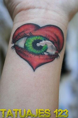 Resultado de imagen para corazon tatuajes