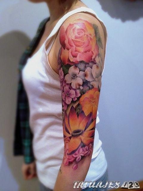 tatuaje manga floral