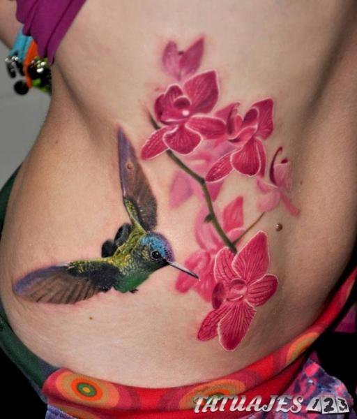 tatuaje pajaros colibrí