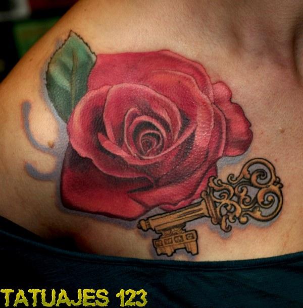 rosa roja con llave tatuajes 123. Black Bedroom Furniture Sets. Home Design Ideas