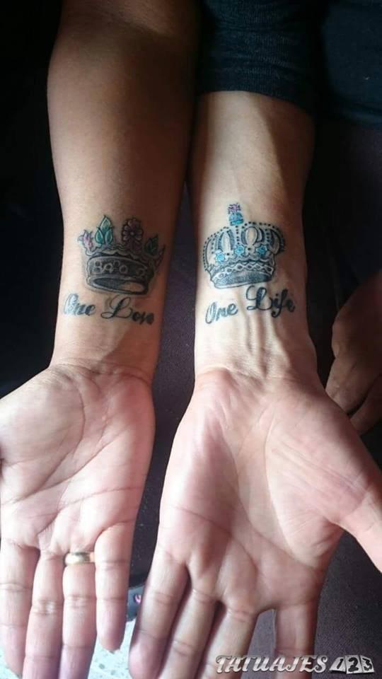 tatuajes en la muñeca para parejas