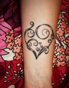 Bonito corazón con espiral