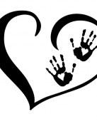 Corazón con huellas