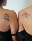 Doble tatuaje de puzzle