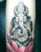 Ganesha con flor de loto