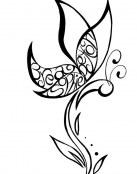 Tatuaje de mariposa con nombres