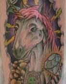 Unicornio rodeado de riquezas