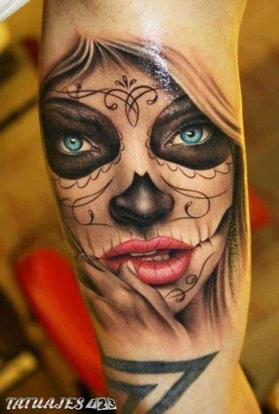 Catrina con ojos azules