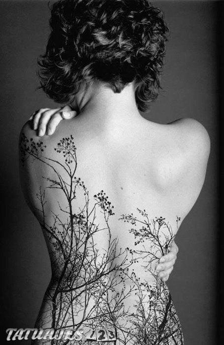 La naturaleza en tu espalda