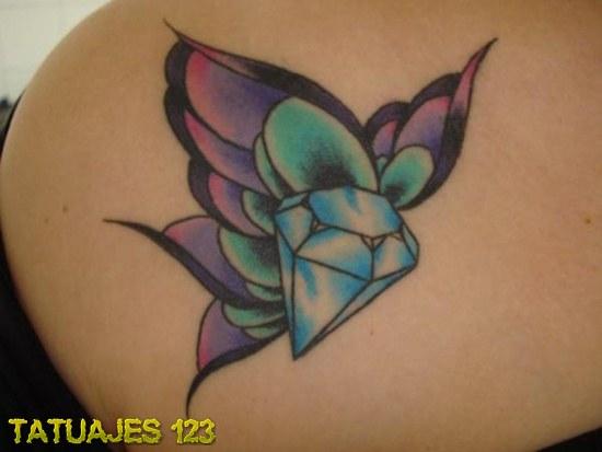 Diamante en forma de mariposa