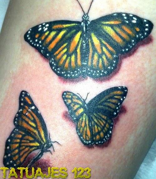 Tres mariposas en color amarillo